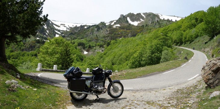 BMW R80/5 am Col de Pailheres